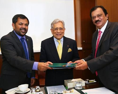 (L-R) Moosa Zameer, hon. minister of tourism government of Maldives; P.R.S. Oberoi executive chair, The Oberoi Group; and Mr Balasubramanyam, chair and MD, SCDCL
