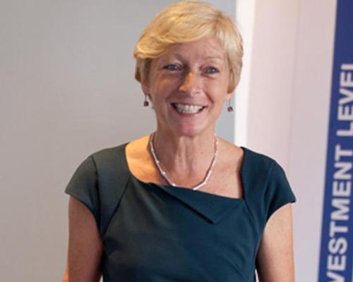 Liz Nicholl said that Warr was UK Sport's 'unanimous choice' to take the role