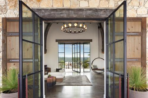 Miraval Austin combines the Miraval Arizona experience with new treatments and wellness programmes that pay homage to Austin's cultural heritage and natural surroundings