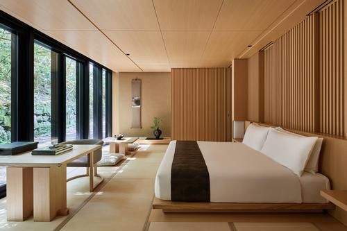 Strikingly minimalist in their design, the rooms will have floor-to-ceiling windows framing the spectacular natural surroundings and tatami mats covering the floors