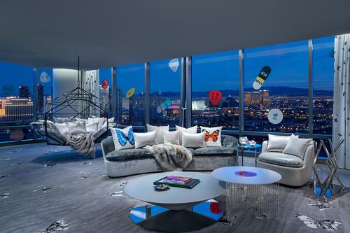 The suite also overlooks the world-famous Las Vegas Strip. / Courtesy of the Palms Casino Resort