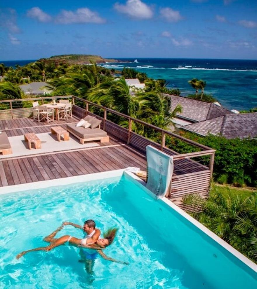 The rebuilt Le Serano spa, with Watsu pool, has been designed by Christian Liaigre / Le Sereno