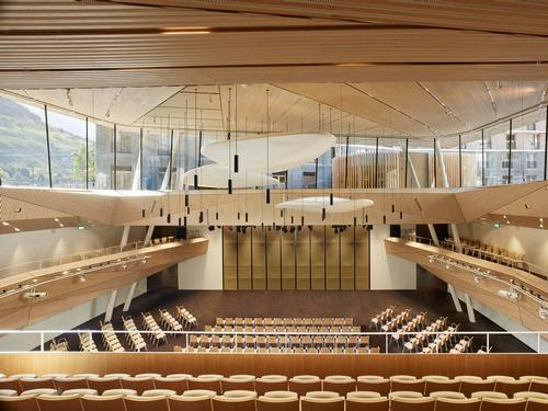 Andermatt Concert Hall can accommodate up to 650 people / Roland Halbe