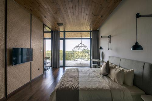 The Dinghui has well-appointed spacious bedrooms / Jin Weiqi