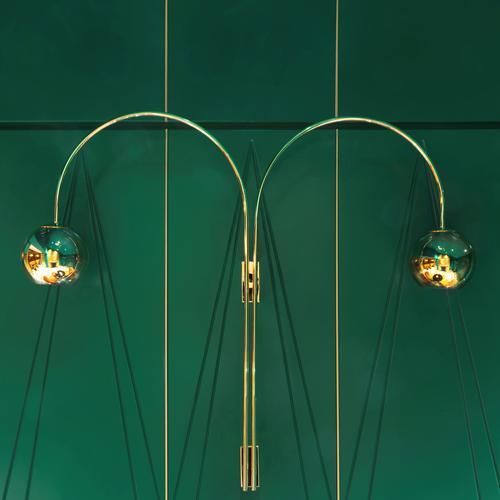 Brass fittings are used throughout / Matteo Piazza
