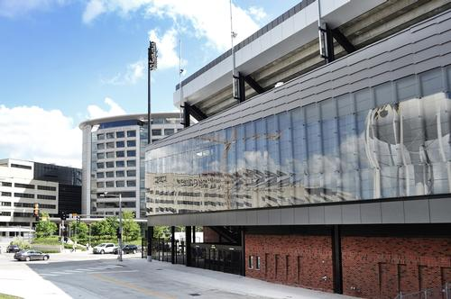 The 655ft (200m)-long glass façade wraps the entire North End Zone / Neumann Monson
