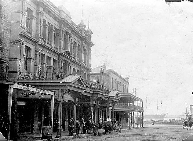 This photo shows the Victoria with its balcony