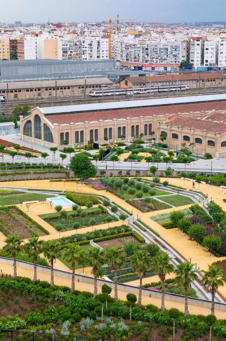 The completed first phase of Parque Central covers 11.5ha (1,200,000sq ft) / Richard Bloom