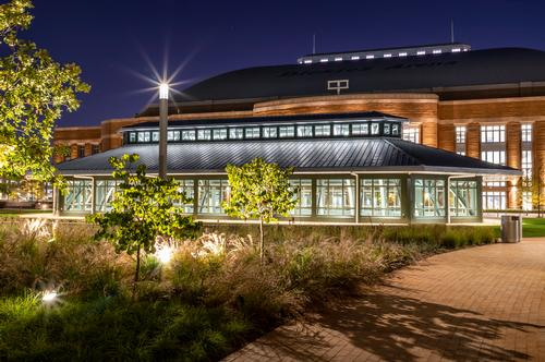 A 4.8ac plaza can host up to 3,000 guests / Dickies Arena