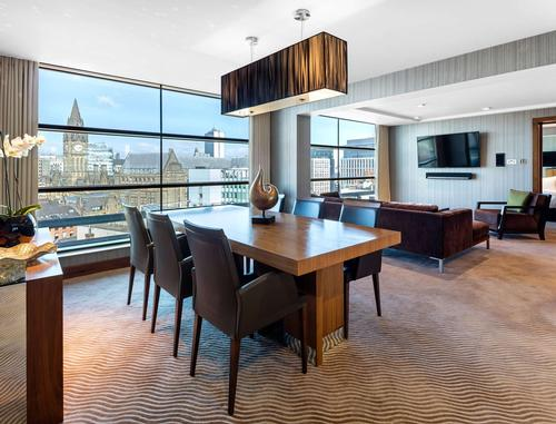 Rooms and suites range in size from 28sq m (301sq ft) to 98sq m (1,055sq ft) / Radisson