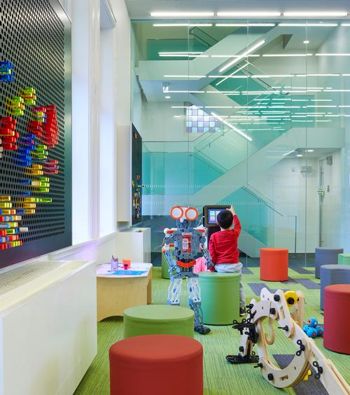 Other facilities include a children's discovery centre / Tom Arban