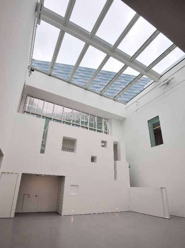 A gallery with a 9m (30ft)-high ceiling allows for the display of large artworks