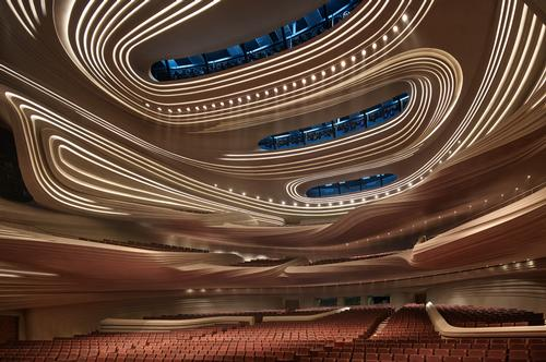 The 1,800-seat Grand Theatre is designed to host a popular programme of performances and television productions / Virgile Simon Bertrand