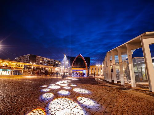The Cathedral has been constructed in Station Square / Kris Van De Sande