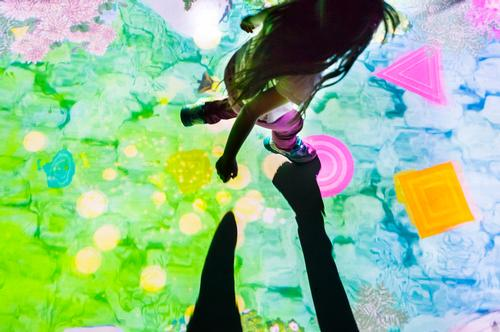 Hopscotch for Geniuses, 2013-, Interactive Digital Installation, sound: Hideaki Takahashi / teamLab