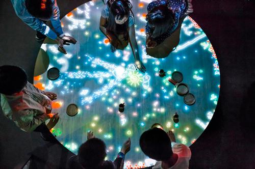A Table where Little People Live, 2013-, Interactive Digital Installation / teamLab