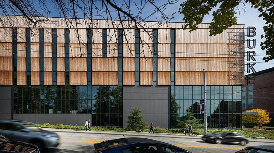 The 105,000sq ft (9,800sq m) building is 66 per cent larger than the old building / Olson Kundig / Aaron Leitz