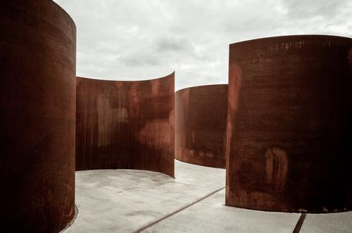 At Rosheim, visitors can roam around intertwined sculptural circles of corten steel / 11h45