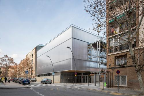 The building covers an area of 4,430sq m (47,680sq ft) / Enric Duch