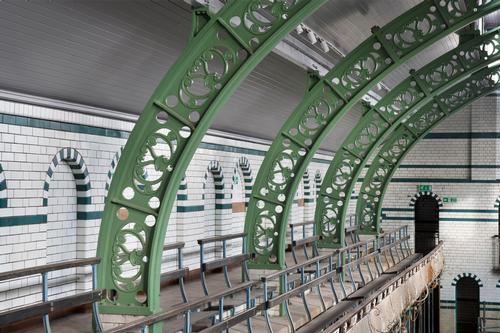 Preservation work carried out on ornate iron framework / Historic England