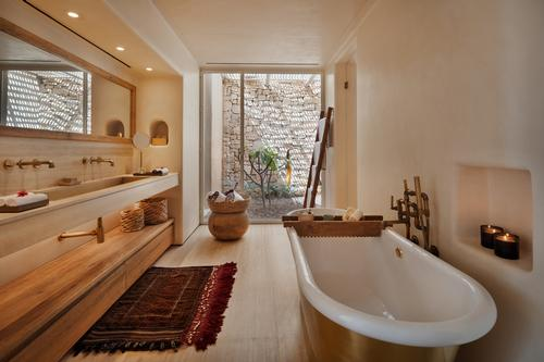 Other facilities include an alchemy bar, gym, retail boutique and a studio with desert views.