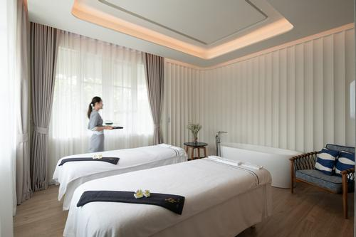 The 240sq m YHI spa has four treatment rooms, a sauna and steamroom