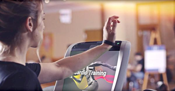 The eGym experience includes visually-engaging graphics to guide members through their workout