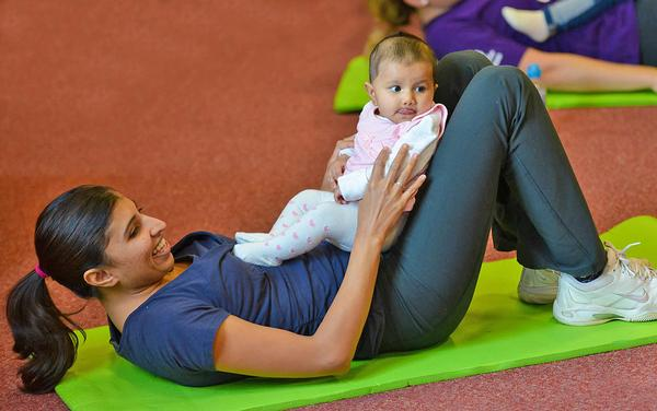 Classes targeted at young mums can be a good introduction to a centre / © sport england