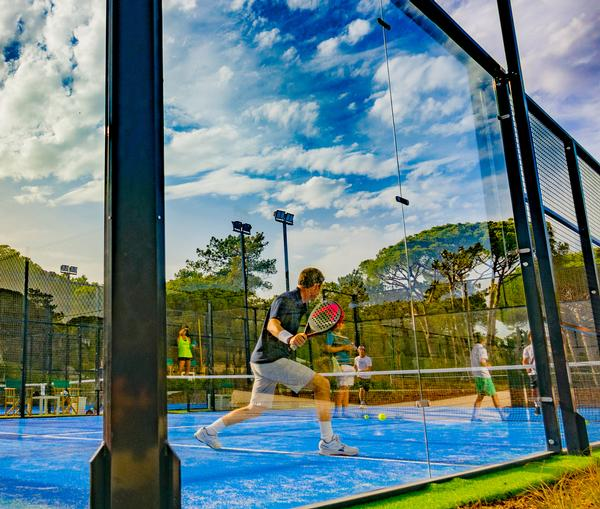 The Campus includes four padel courts