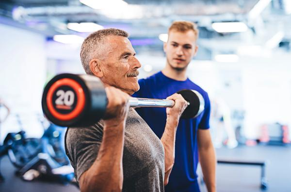 Weight bearing activity can ensure a healthy older age / PHOTO: SHUTTERSTOCK.COM