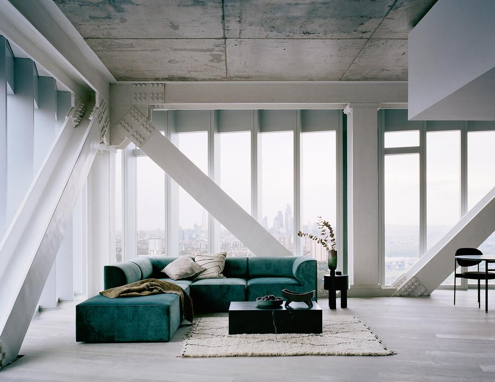 The 42-storey tower offers a mix of different apartment styles / Photo: Rory Gardiner