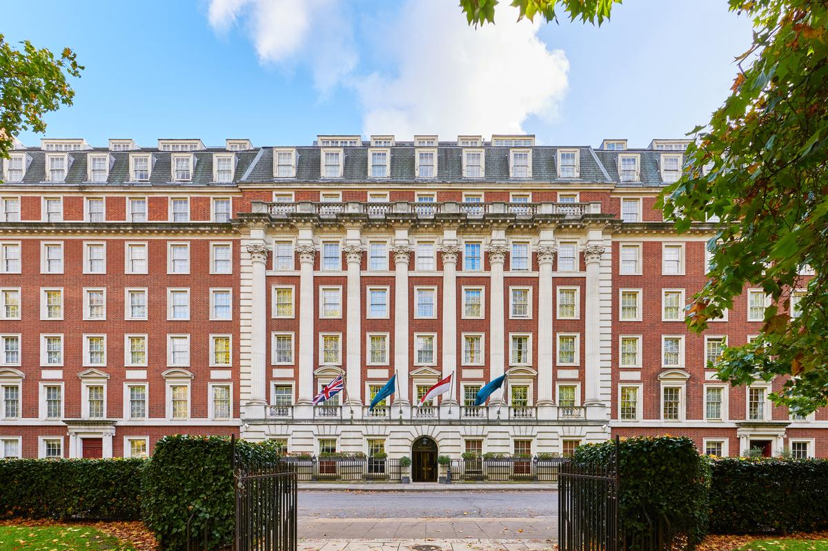 The Mayfair establishment dates to the 1960s and features a neoclassical facade. / Courtesy of LXR Hotels and Resorts
