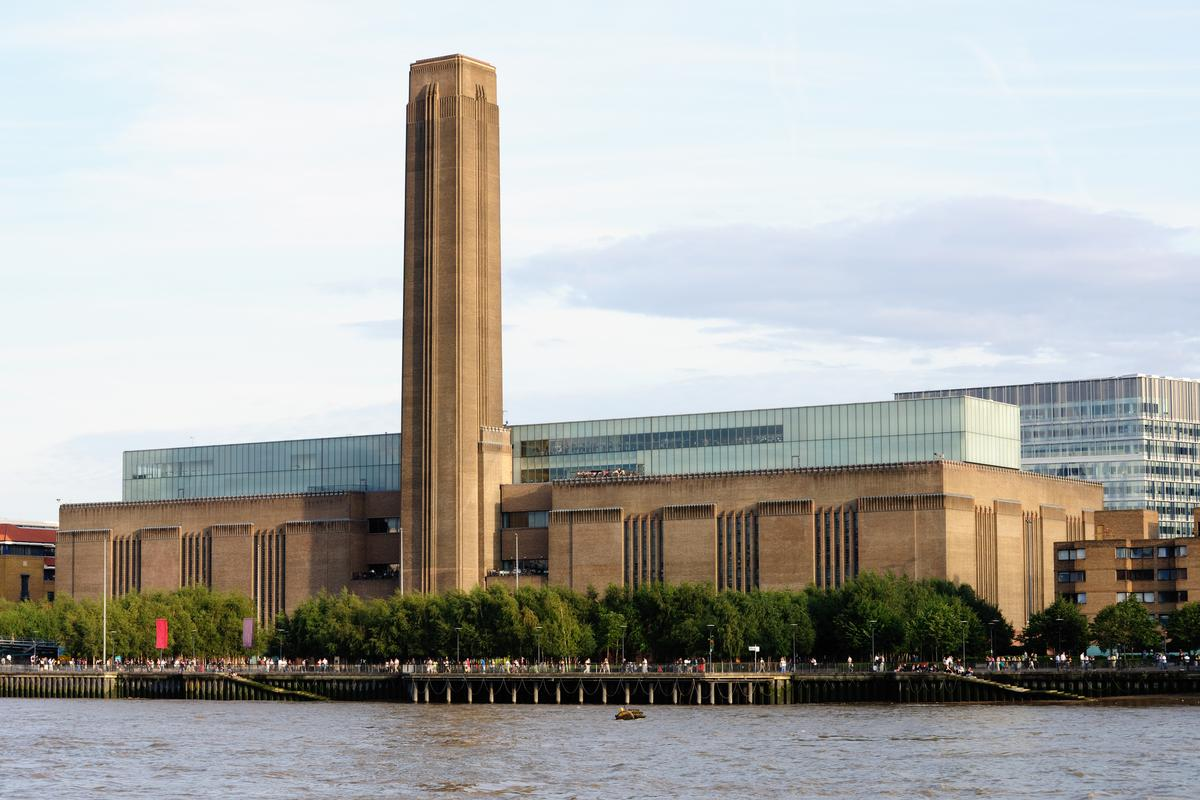The Tate Modern – the UK arts and culture icon was the most visited attraction in the country in 2018 / Shutterstock.com