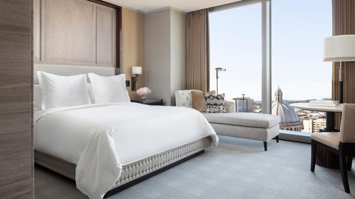 The Hotel's 215 hotel rooms and suites boast floor-to-ceiling windows, and original works from the Hotel's multi-million dollar art collection curated by Kate Chertavian complement interior design by Bill Rooney of Bill Rooney Studio