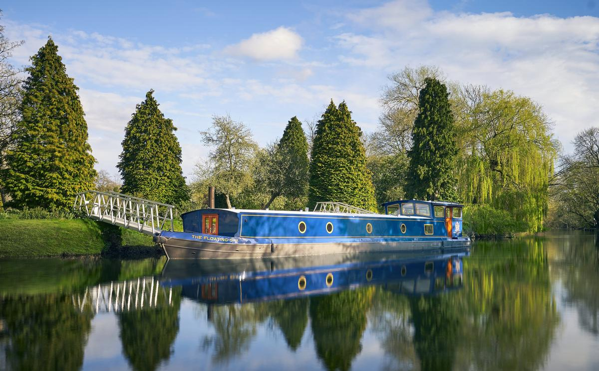 The spa is located on a bespoke crafted barge, moored on the banks of the island