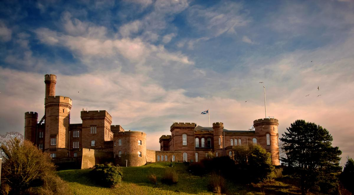 Inverness Castle currently houses the Scottish Courts and Tribunals Service / Shutterstock