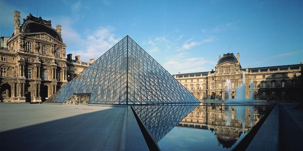 Much like the Eiffel Tower – the Louvre structure is now considered one of the most iconic landmarks in Paris. / Courtesy of Pei Cobb Freed & Partners