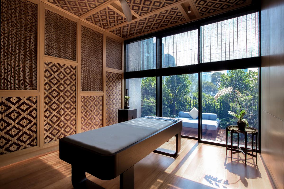 Conceptualised by A.W. Lake Wellness Design, the UR Spa is designed to offer a sensorial journey and respite from the everyday grind, with principles rooted in modern science and ancient healing