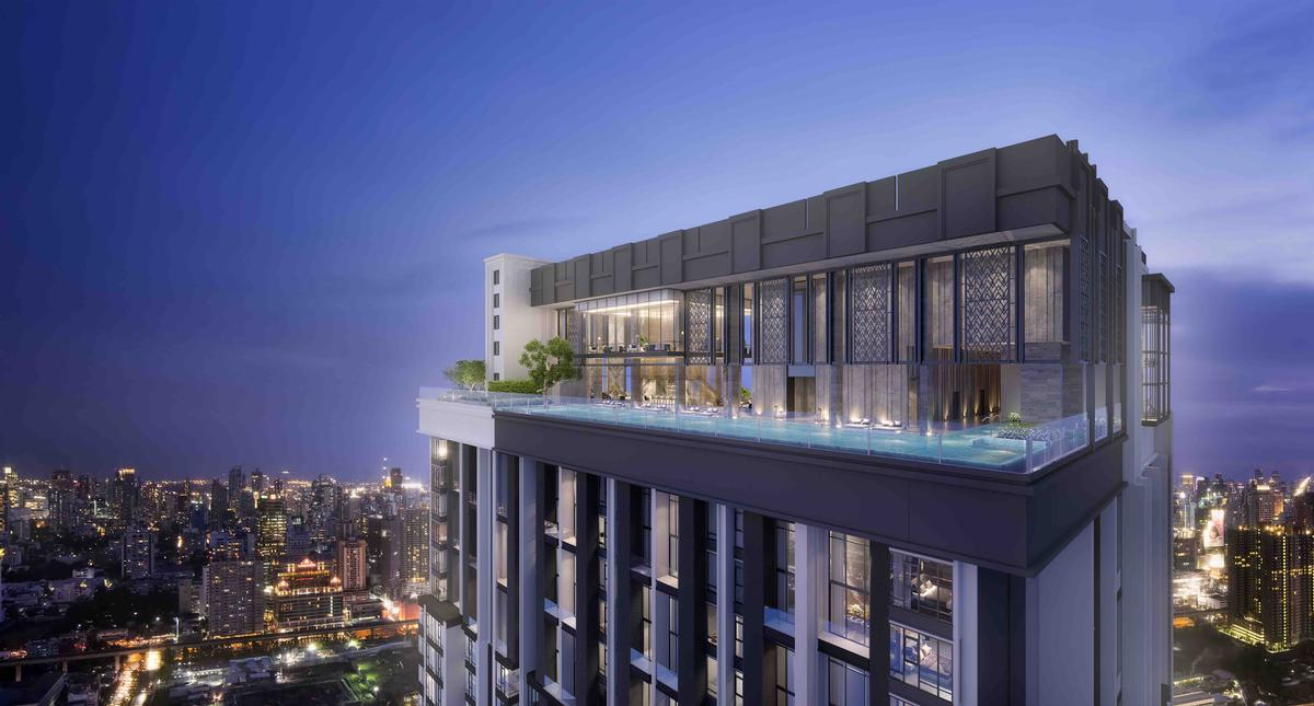 Botanical Garden And Rooftop Infinity Pool Elevate Ultra Luxe