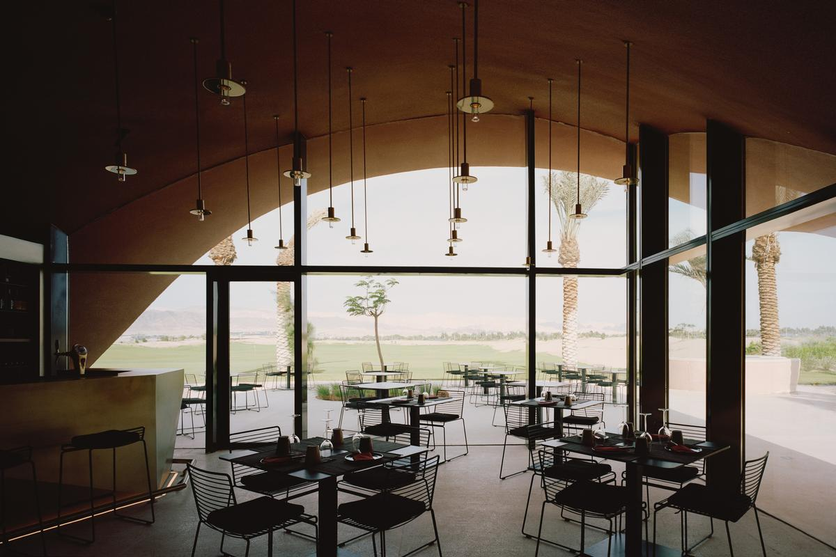 Oppenheim's golf clubhouse has a fine dining restaurant / Oppenheim Architecture