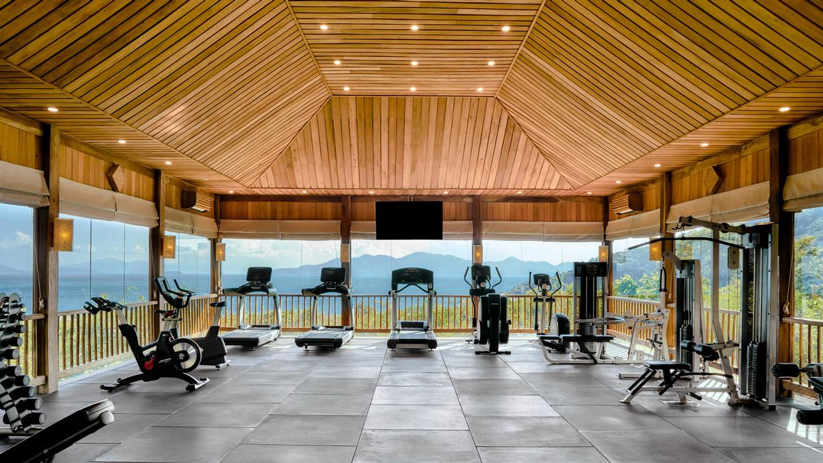 The new state-of-the-art fitness centre is located on top of the spa and offers panoramic views of the bay