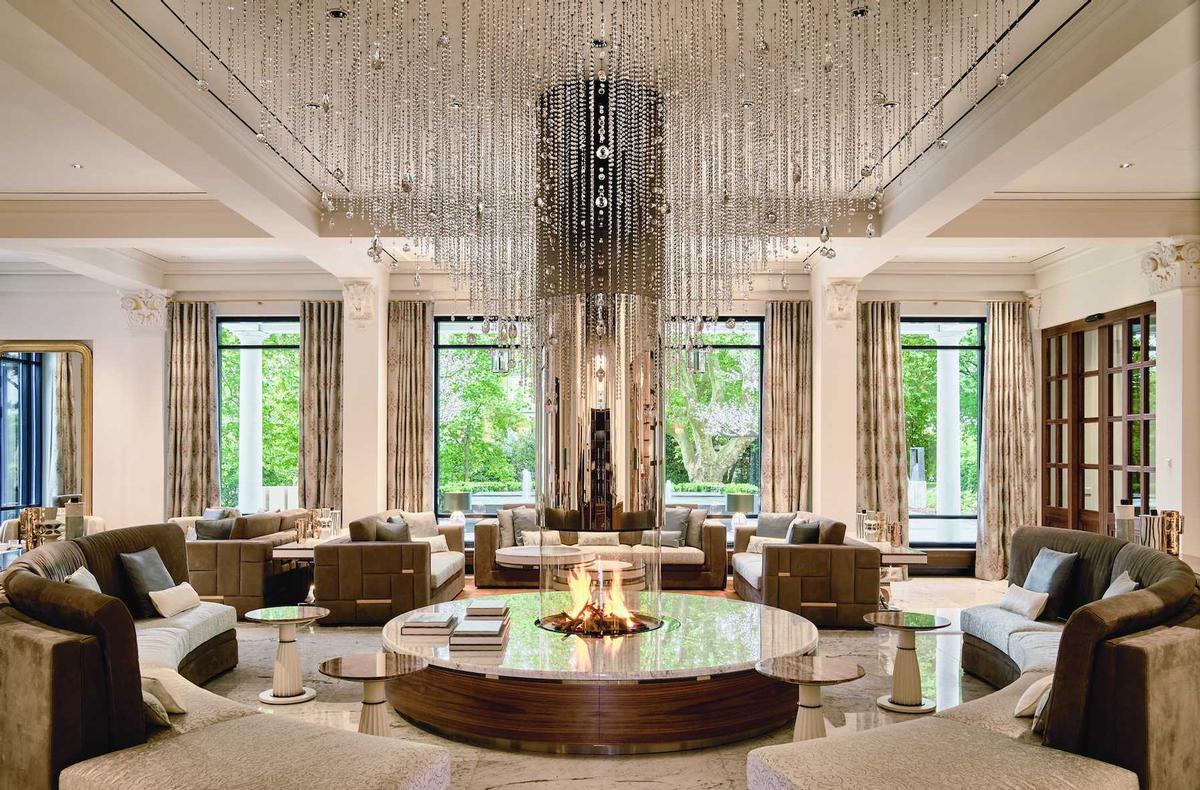 Swiss interior designer Claudio Carbone is responsible for the redesign of the Grand Hotel Quellenhof