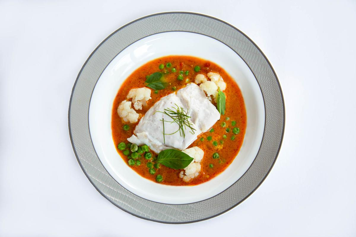 Coconut poached fish with sweet potato, cauliflower and green peas is designed to be immune boosting, micronutrient rich, antioxidant rich, and calming