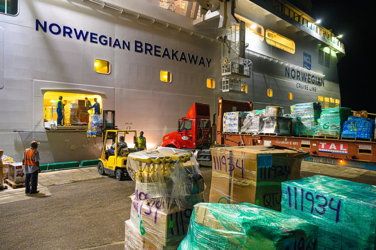Cruise ships are bringing much-needed aid to the Bahamas / Norwegian
