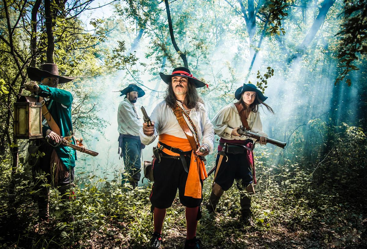 Rather than utilise technologies to create a themed experience in a single location, The Pirates Experience is a 'real-life' day and night adventure