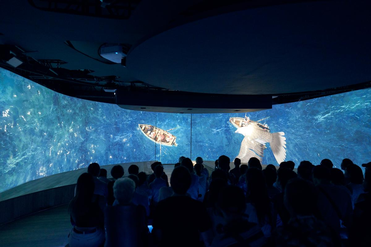 The third act uses point-of-view and panoramic footage in a 360-degree viewing room / MET Studio