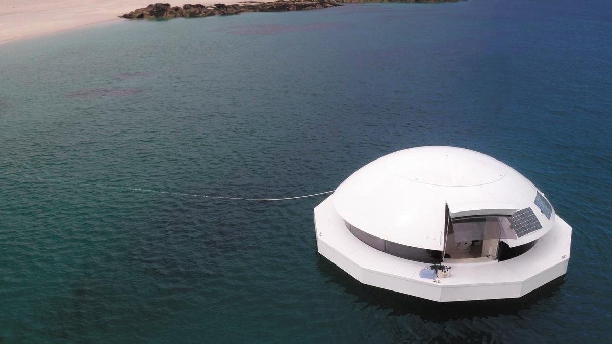 The Anthénea pod was conceived as a luxury suite for hoteliers to offer their guests / Yann Richard