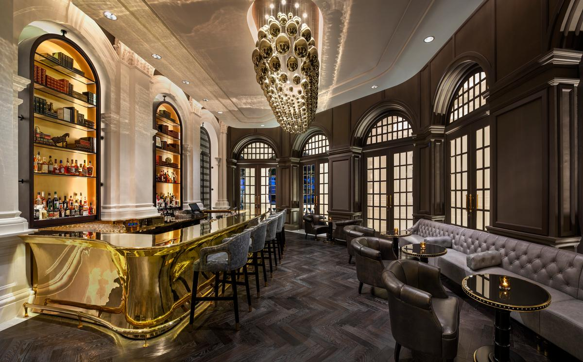 The Writers' Bar at Raffles Singapore / Accor