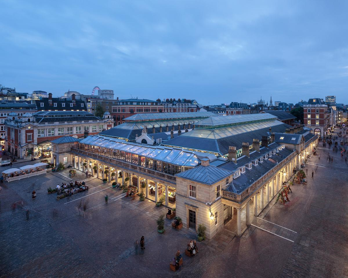 The Opera Terrace, Covent Garden by Eric Parry Architects / Dirk Linder