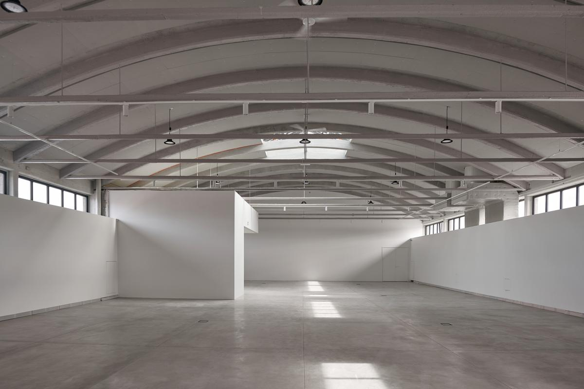 The exhibition space has a 6m (20ft)-high ceiling / Tõnu Tunnel